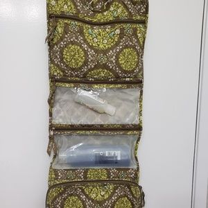 Vera Bradley hanging toiletry bag travel organizer